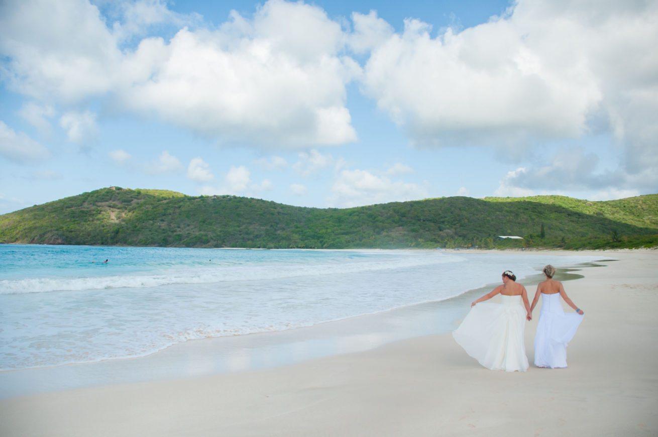 Featured On Equallywed Jett Chelsea S Flamenco Beach Wedding In Culebra Puerto Rico